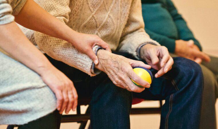 10 Signs of Elder Abuse in Nursing Homes
