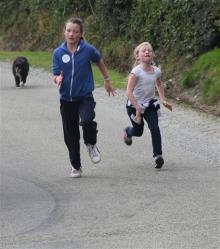 Renata & Eamonn's Fun Run Walk Cycle 5-10-14 (178)