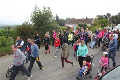 Renata & Eamonn's Fun Run Walk Cycle 5-10-14 (90)