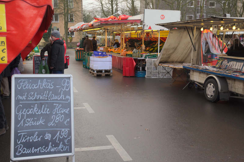 The setting of the Schlebusch market