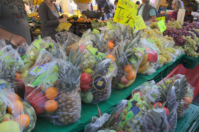 Grab a fruit bag for 4€