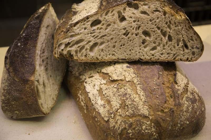 The fine bread