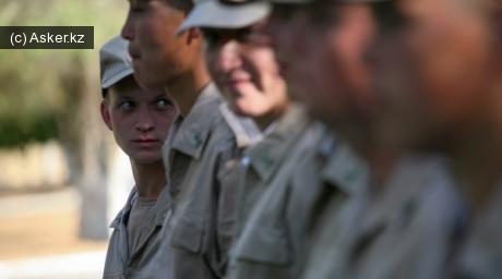 Молодые солдаты