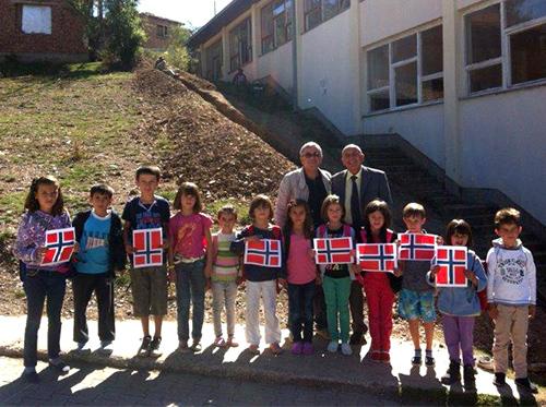 Kort rapport fra Asker Rotary Klubbs tilleggsprosjekt , Vann til Kosovo