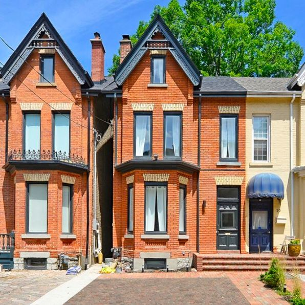 $13,000/month Beautifully restored Victorian – The Joanna Barclay deTolly Ozdowski House in Yorkville.
