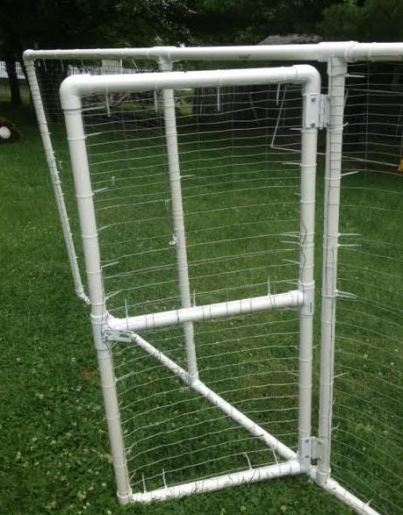 Chicken Run with PVC Pipe and Cable Ties
