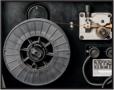 Correct installation of wire spool