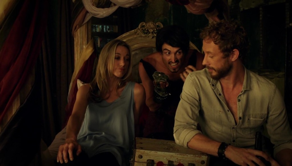 Lauren Vex and Dyson in Lost Girl 4x08