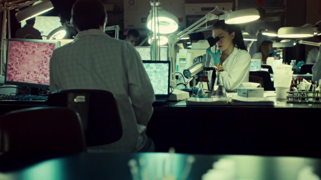 Cosima and Scott in the lab in Conditions of Existence