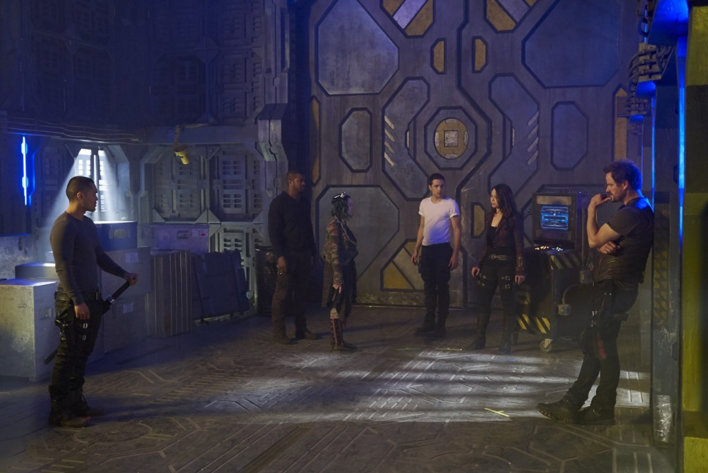Crew in Episode Thirteen