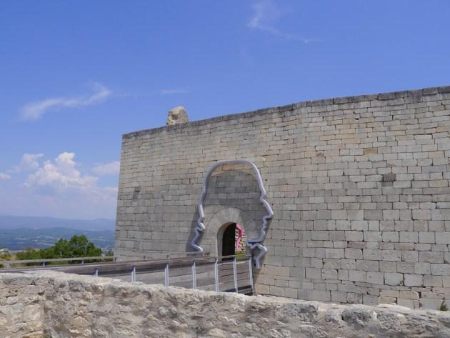 Лакост замок маркиза де Сада