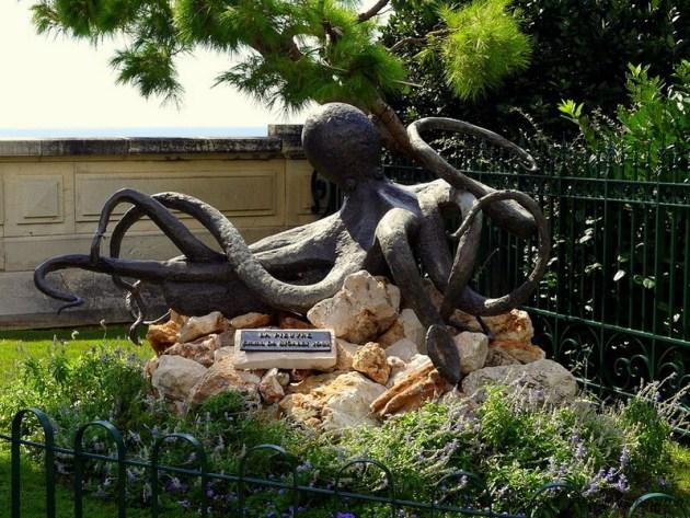 Скульптура Спрут