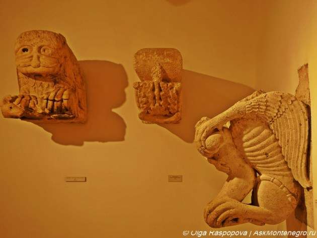 split_museum_sculpture