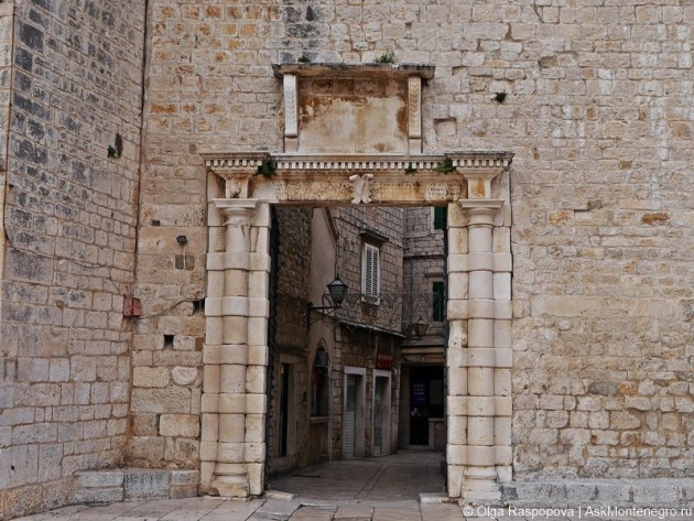 южные врата Трогир