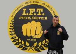 Kickboxtrainer und Obmann Markus Troescher