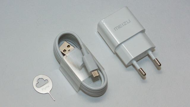 Meizu M3 Note Review - Accessories