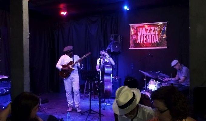 Jazz na Avenida: boa música gratuita na orla de Salvador