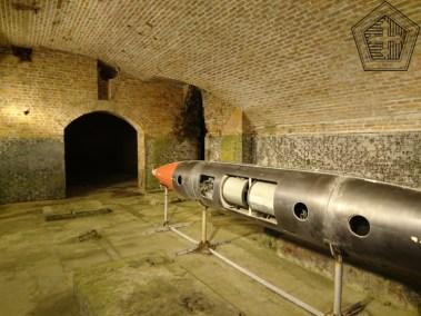 Caverne de la batterie lance-torpille de type Brennan(1)