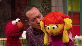 meet-julia-the-very-first-sesame-street-muppet-with-autism