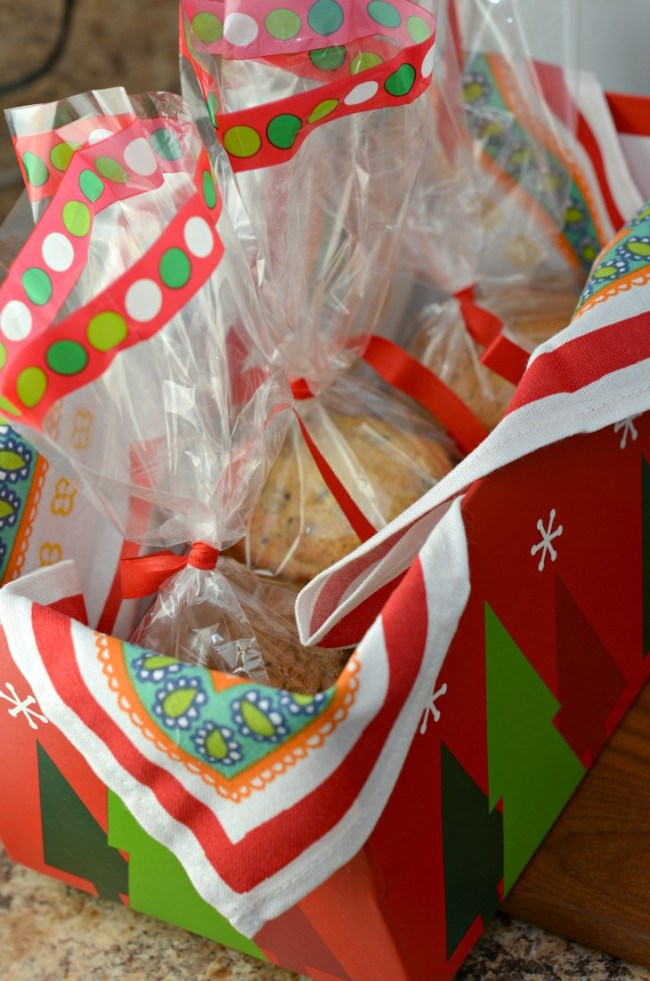 Place your Betty Crocker cookies in a gift box on a neighbors porch to #SpreadCheer