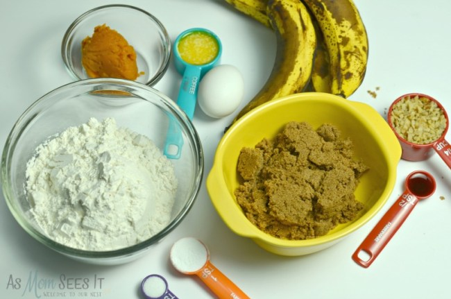 Ingredients for the best banana bread ever