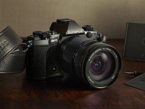 OLYMPUS公式より E-M5MarkII LimitedEdition Kit