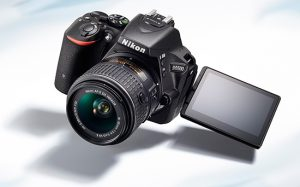 nikon-d5500-dslr-camera-screen