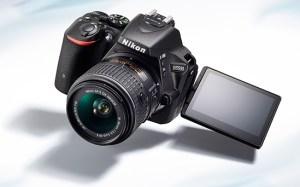 nikon-d5500-dslr-camera-screen