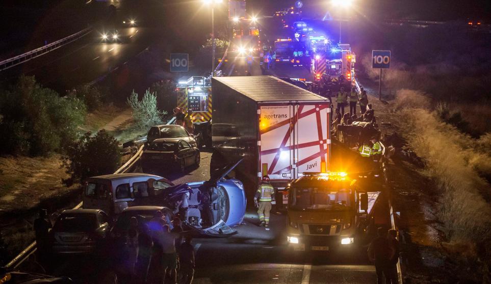 El exceso de velocidad y las distracciones posibles causas del brutal accidente en Murcia