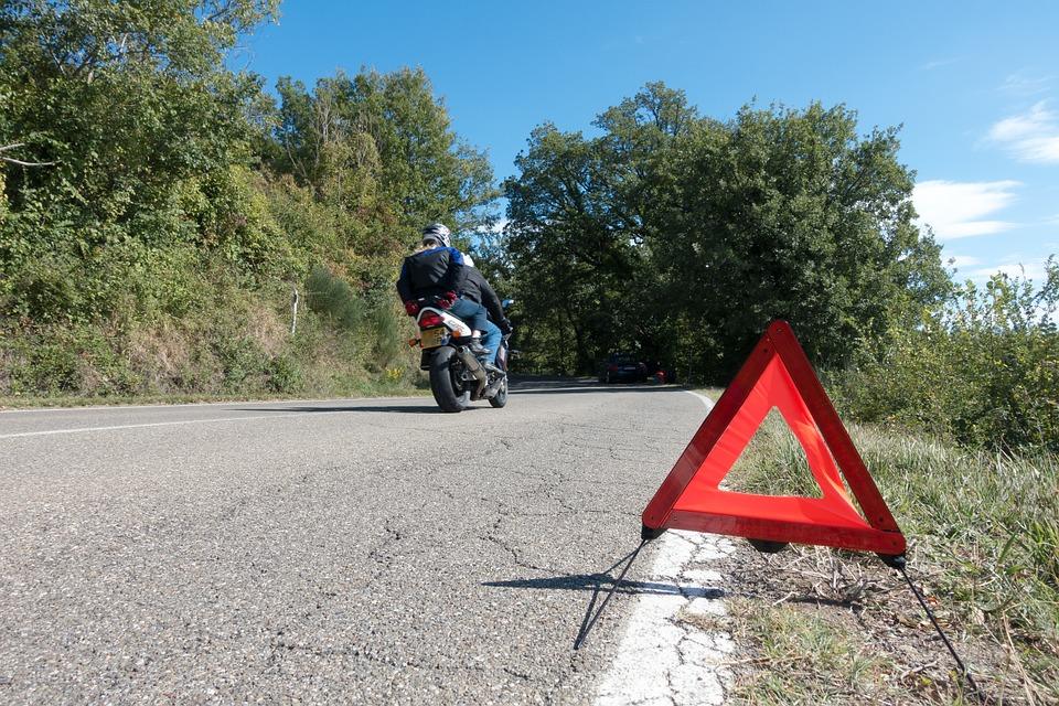 Carreteras peligrosas - Accidente Fuente del Saz