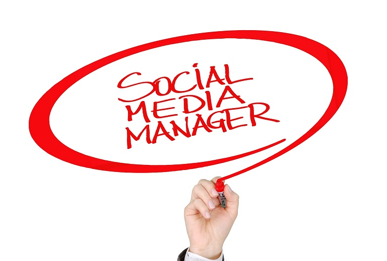Choosing The Right Social Media Manager