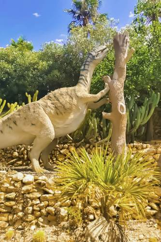 Dino-parc, Algar, Costa-Blanca, Casa-Asombrosa