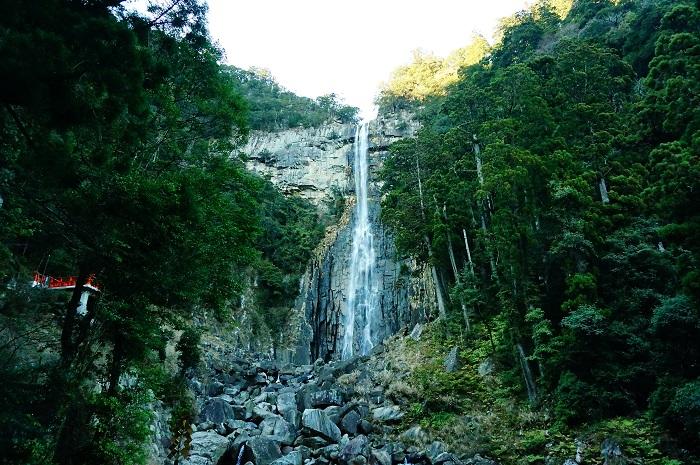 日本屈指のパワースポット!和歌山県の熊野三山をお詣り!那智の滝にあるパワーストーン「光ヶ峯遥拝石」の御利益とは?!
