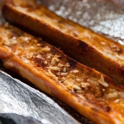 unsliced garlic bread