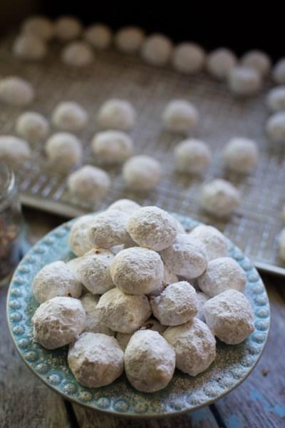 pecan sandies aka pecan snowballs