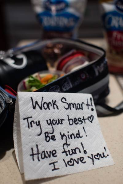lunchbox notes and love with good food