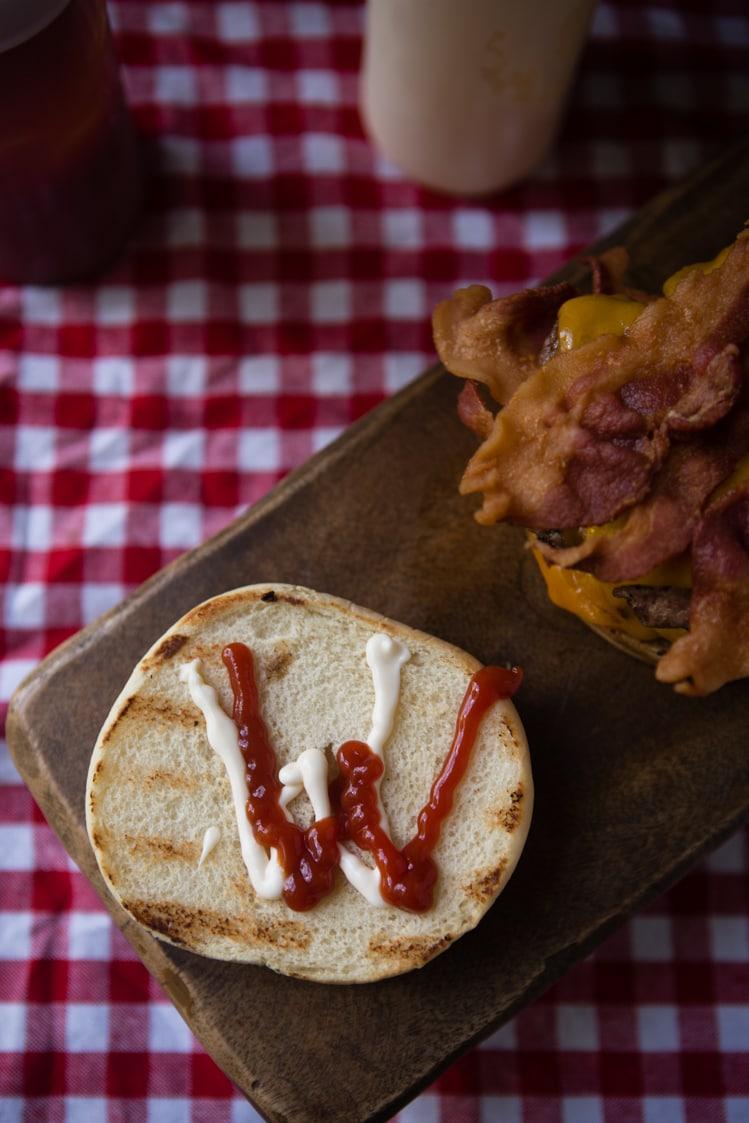 Wendy's Mayonnaise and Ketchup Ws