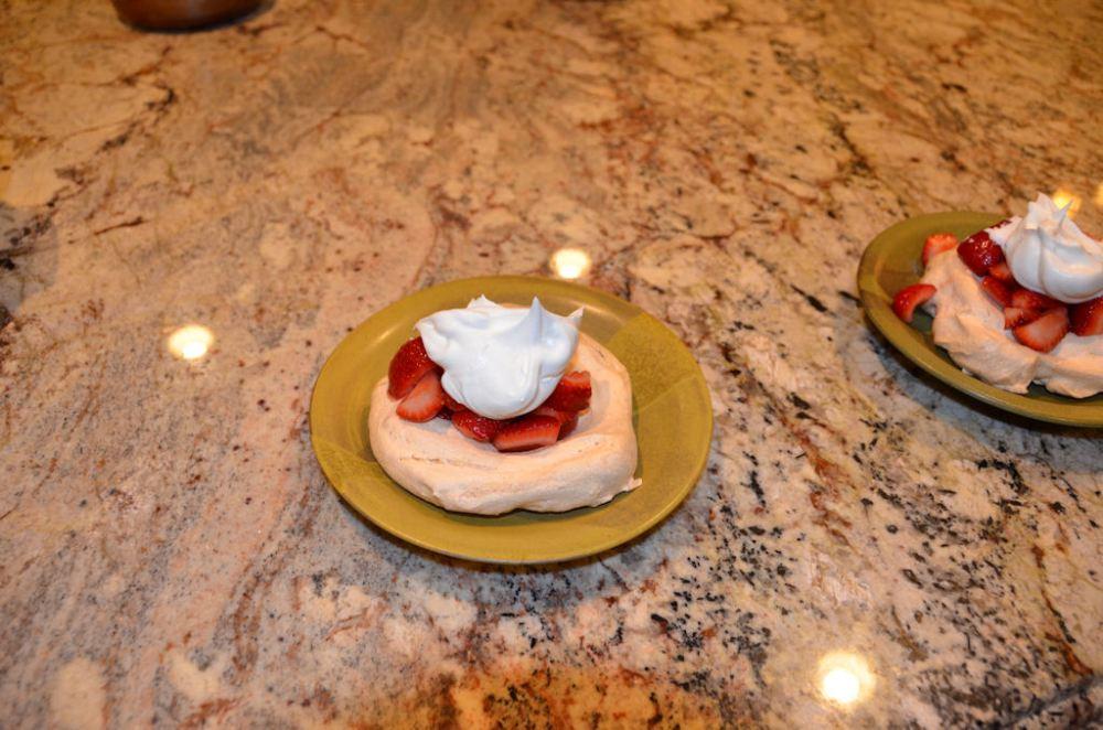 Strawberry Meringues (5/5)