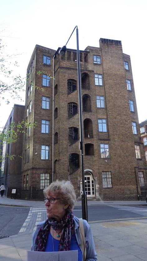 Block of 1906 flat