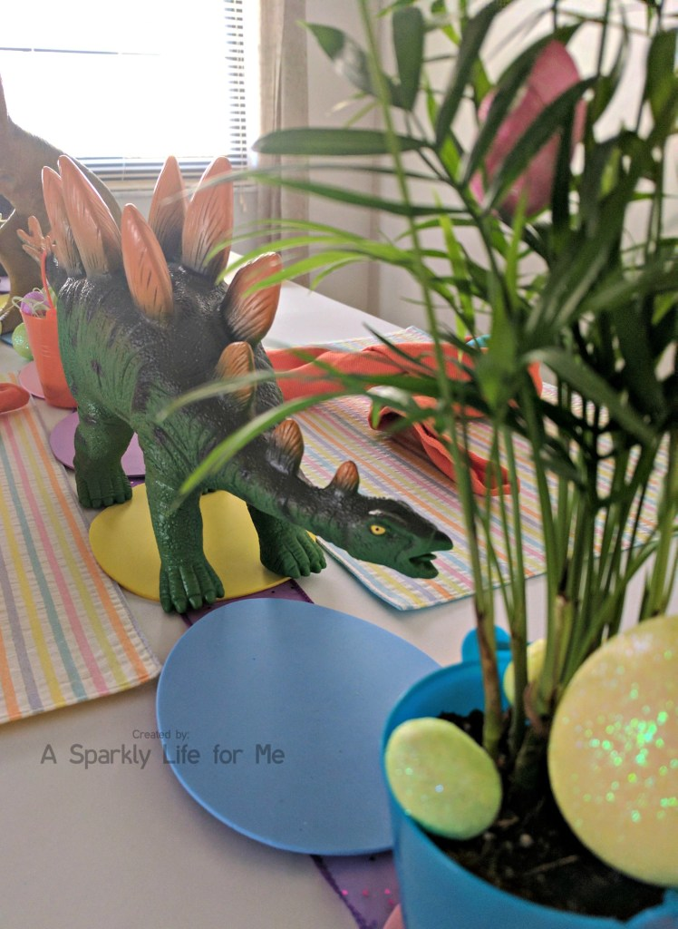 Stegosaurus Dino Easter Egg Hunt Table Decor – by A Sparkly Life for Me