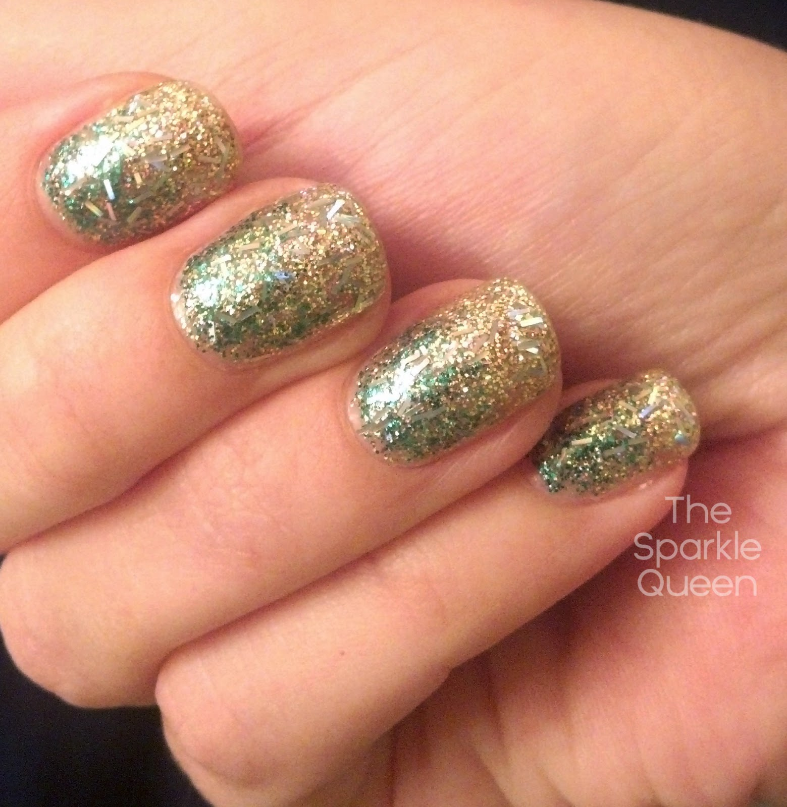 Christmas glitter gradient nail art a sparkly life for me i used a green glitter actually labeled green glitter no clue where i picked it up a gold glitter from color club with no name and a holo bar prinsesfo Gallery