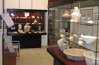 Excavaciones en la vitrinas del museo