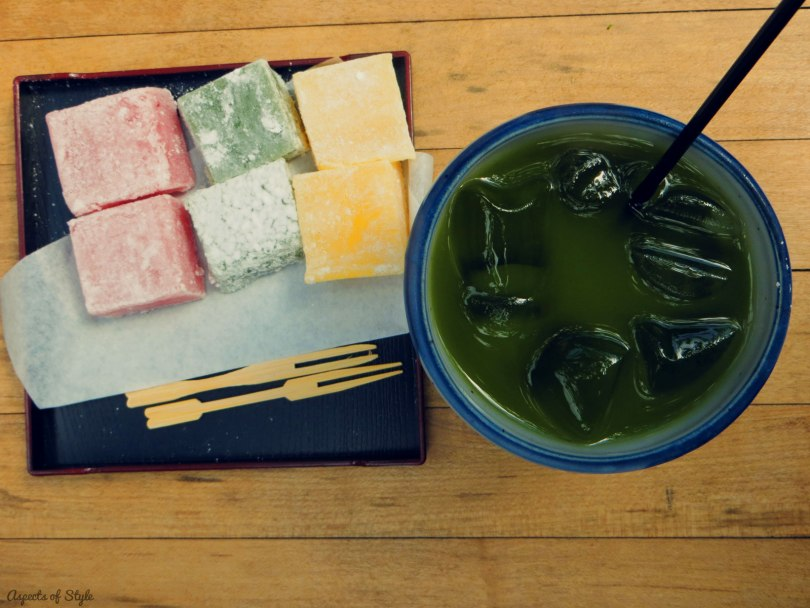 Iced Green tea and mochi at Japanese tea garden