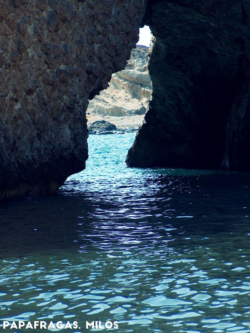 Papafragas, Milos