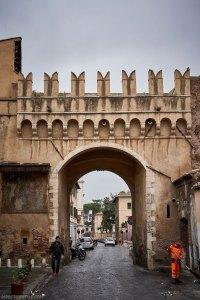 Porta Settimiana, Trastevere Rome