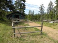Tacking grooming area at Aspengrove Country Resort in Vernon BC Canada