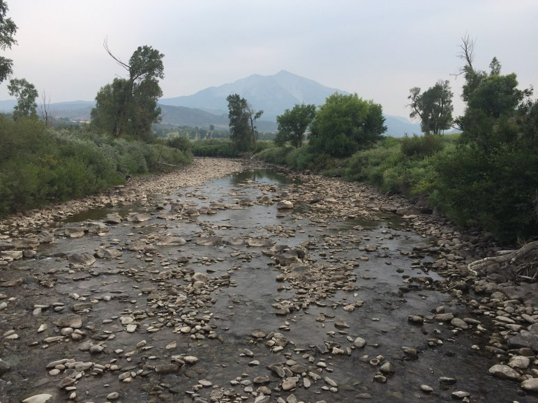 Letter from Heather Sackett, water desk editor, on the River District looking for natural solutions to Crystal River water shortage, more from the data dashboard on wastewater flow rates, and Tracking the Curve updates.