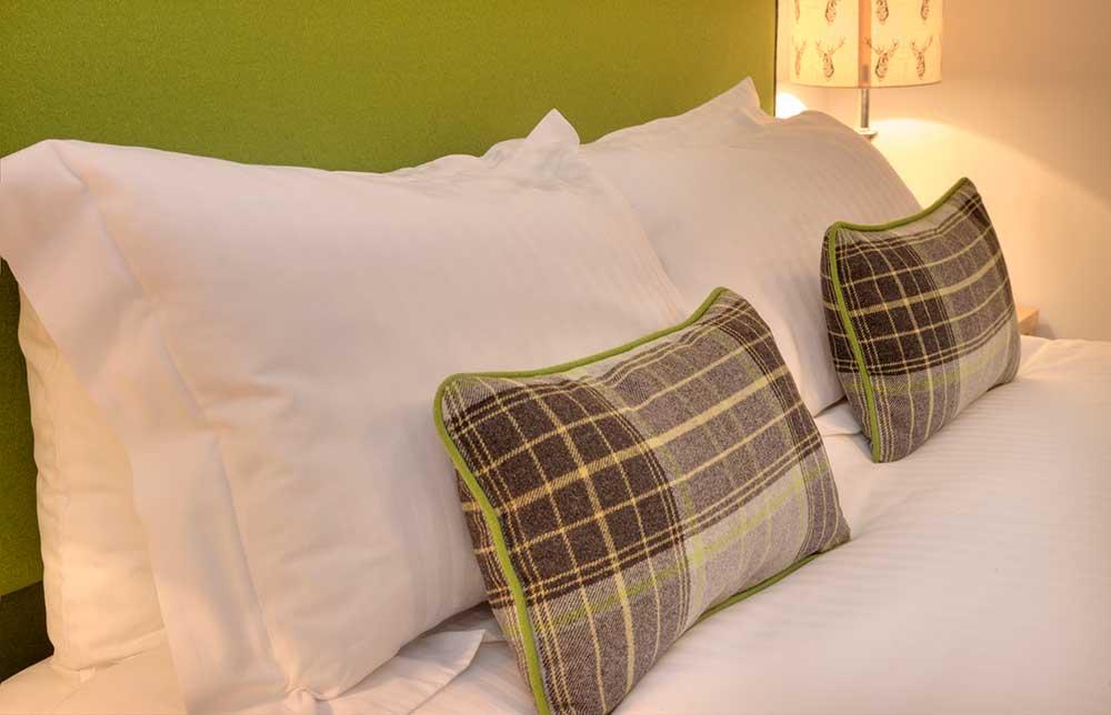kilchurn-pillows