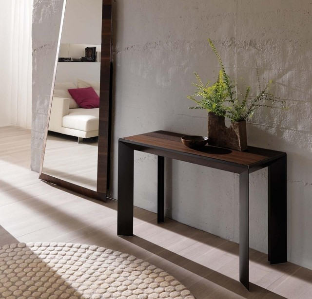 expandable console modern practical