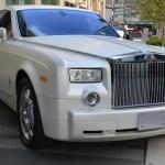 A white Rolls Royce | Aspioneer